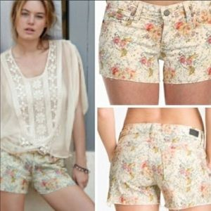 Paige jeans raw hem floral denim shorts
